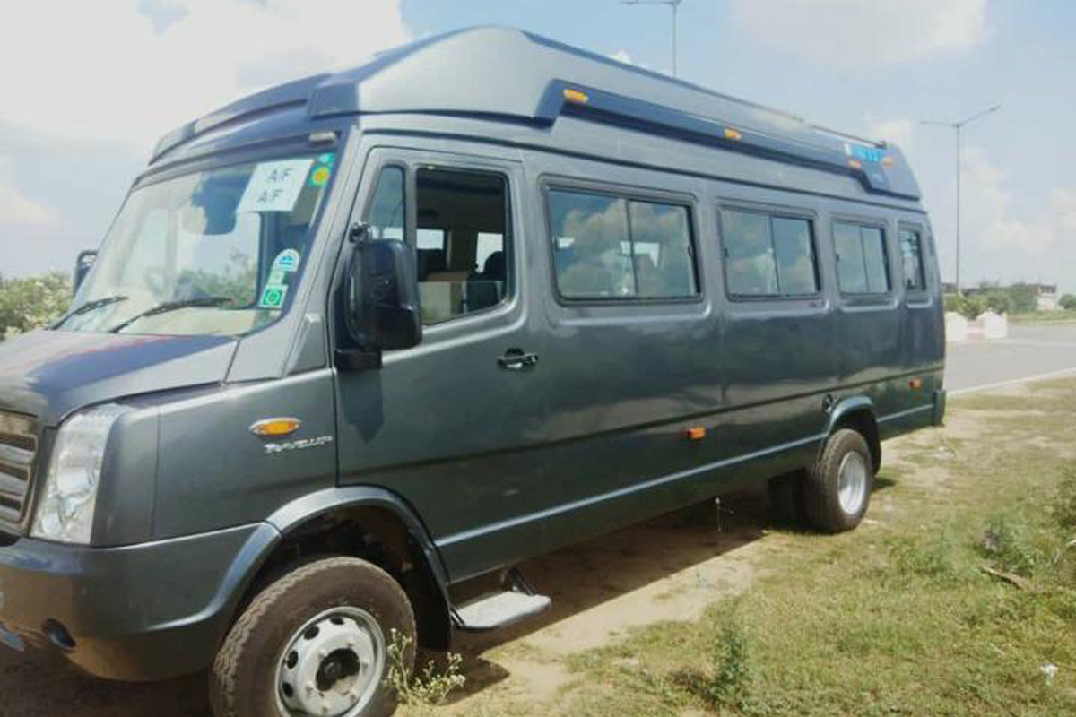22 Seater Luxury tempo Traveller