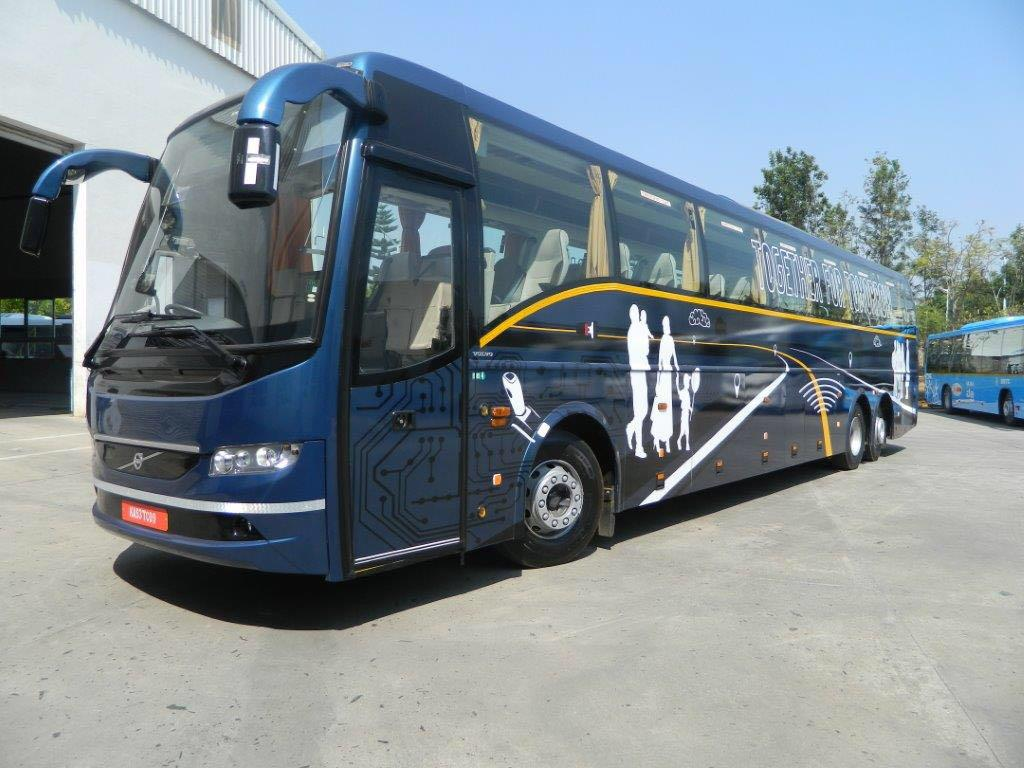 38 seater volvo multi Axle - washroom on rent in delhi