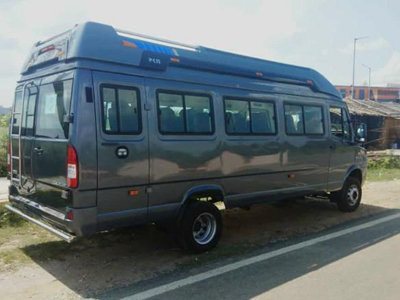 20 Seater Luxury Maharaja Tempo Traveller, 22 Seater Luxury Tempo Traveller on rent in delhi