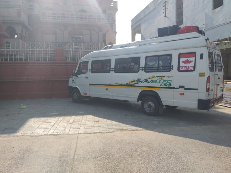 20 Seater  Tempo Traveller  hire in Delhi