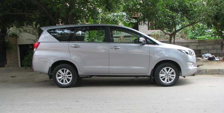 Innova Crysta 7+1 hire in Delhi